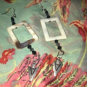 Mother of Pearl with metal Arrowhead earrings